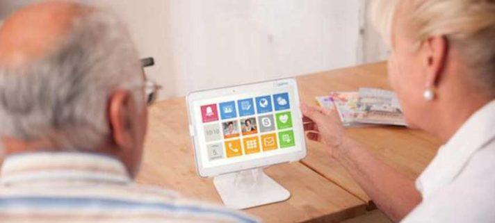 Senioren Tablet Asina von mobilcom-debitel