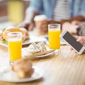 Verzicht auf Frühstück statt Smartphone