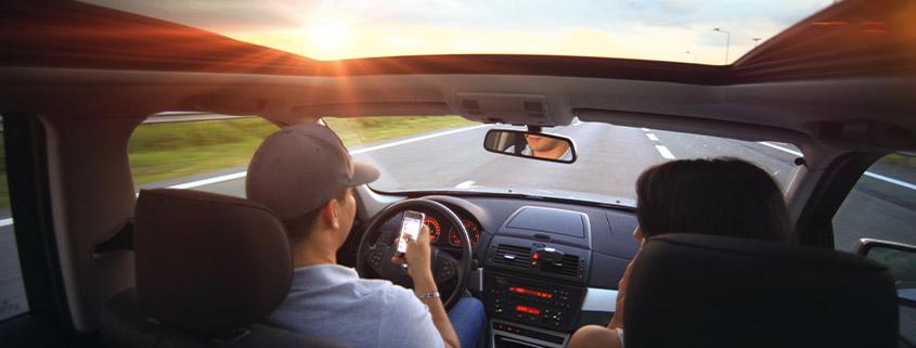 Smartphones fordern mehr Verkehrsopfer als Alkohol